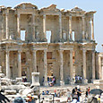エフェソスの図書館遺跡